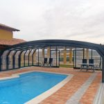 pool-enclosure-oceanic-high-by-alukov-1